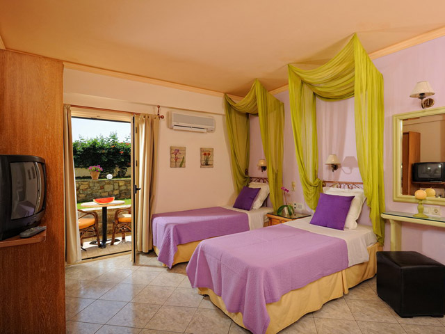 Socrates Hotel Apartments - Room