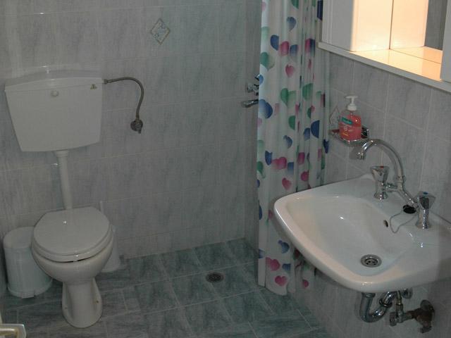 Galifos Apartments - Bathroom