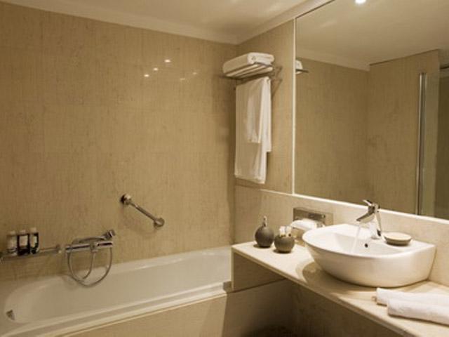 Atlantica Grand Mediterraneo Resort & Spa - Bathroom