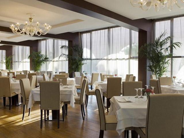 Atlantica Grand Mediterraneo Resort & Spa - Dining area