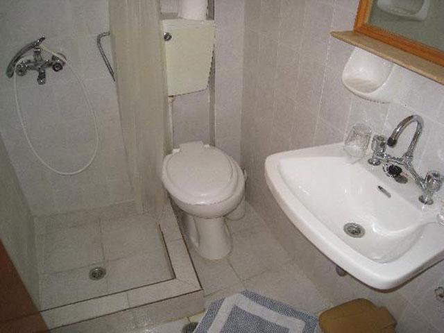 Antigoni Hotel - Bathroom