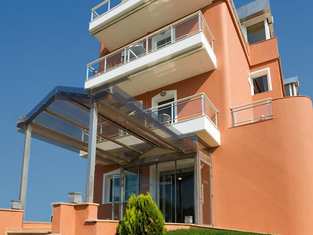 Perea Hotel - Exterior View