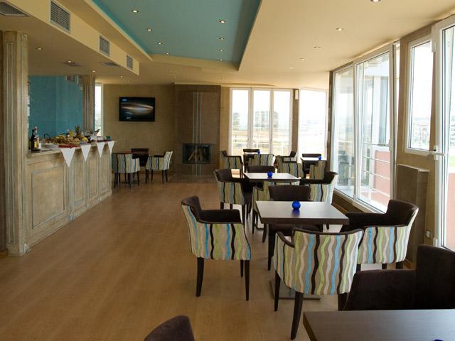 Perea Hotel - cafe-Bar