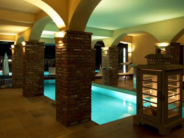 Kazarma Lake Resort and Spa - Pool area