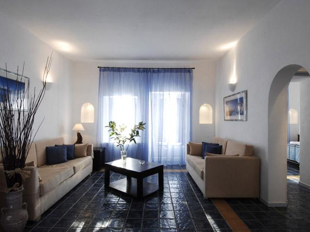 Calderas Lilium Villas - Standard Suite Living Room