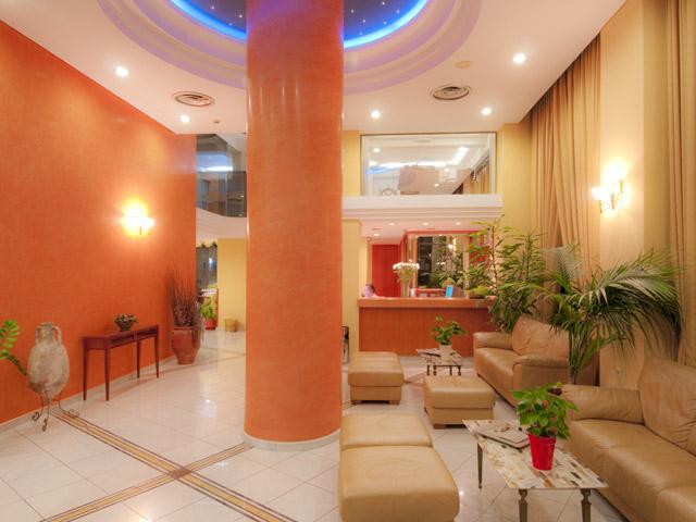Alexandra Hotel - Business Center
