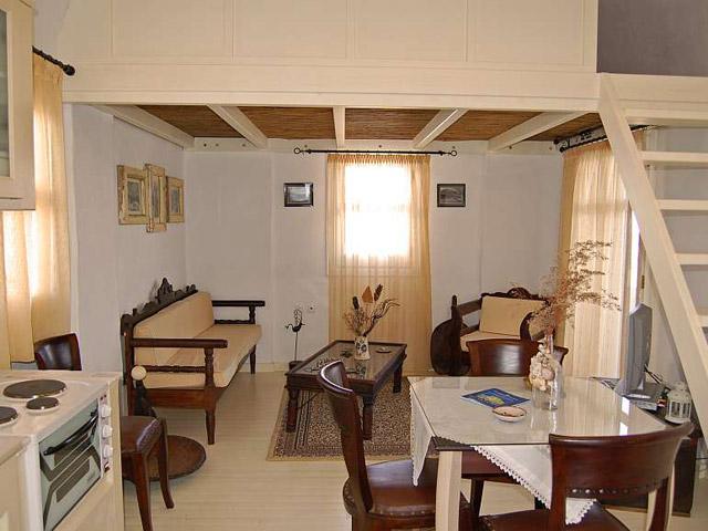 Tholaria Boutique Resort - Suite Tholos -Living Room