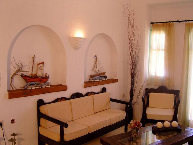 Tholaria Boutique Resort - Studio Armeno- Living Room