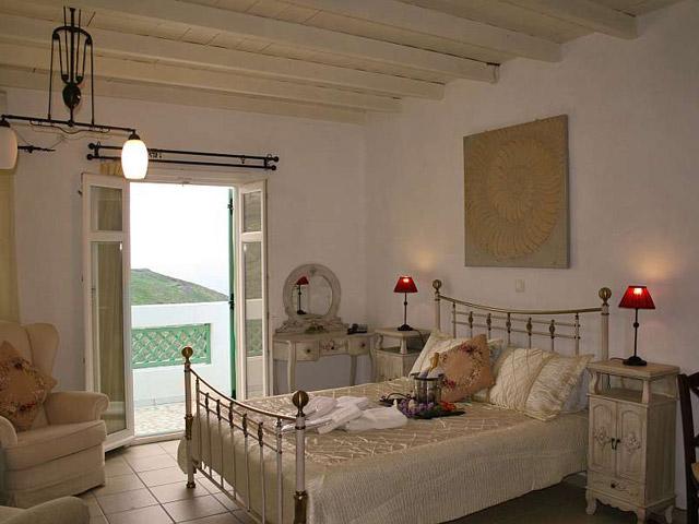 Tholaria Boutique Resort - Studio Casteliano- Bedroom
