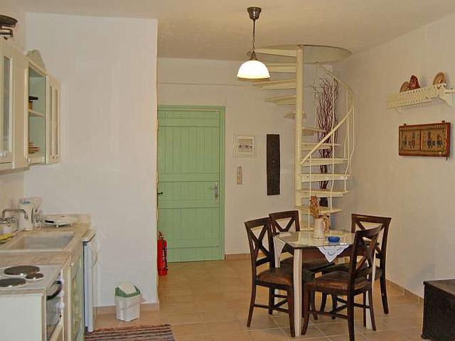 Tholaria Boutique Resort - Suite - Psili Vigla-Living Room