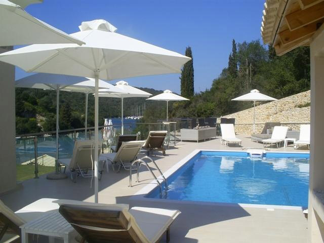 Karvouno Villas - Pool Area