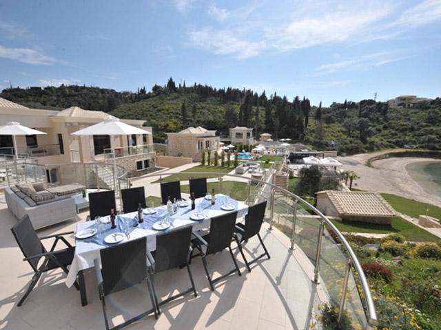 Karvouno Villas - Dinning Area