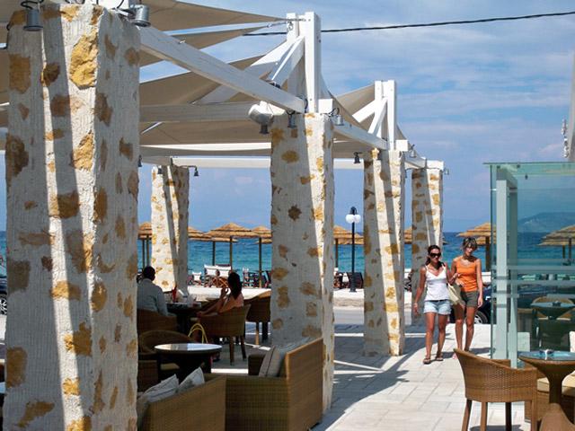 Onar Hotel - Cafe- exterior view