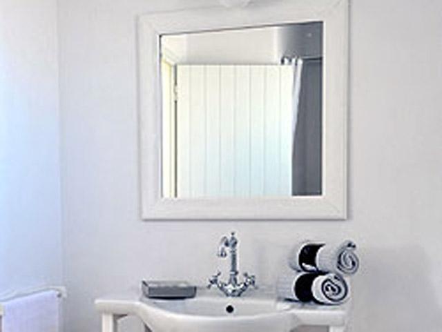 Stagones Luxury Villas - Bathroom