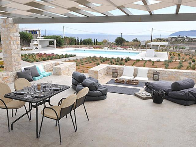Stagones Luxury Villas - Dining area