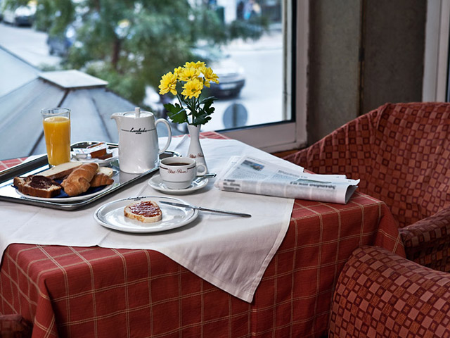 Parnon Hotel Athens - Breakfast Area