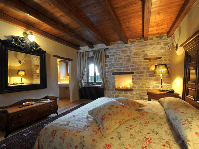 Sakali Mansion - Bedroom
