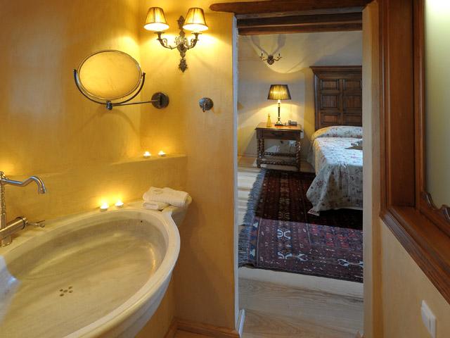 Sakali Mansion - Bathroom