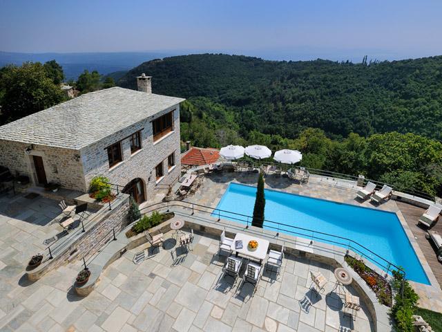 Sakali Mansion - Exterior View Swimming pool