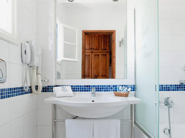 Minois Village Hotel Suites & Spa - Bathroom
