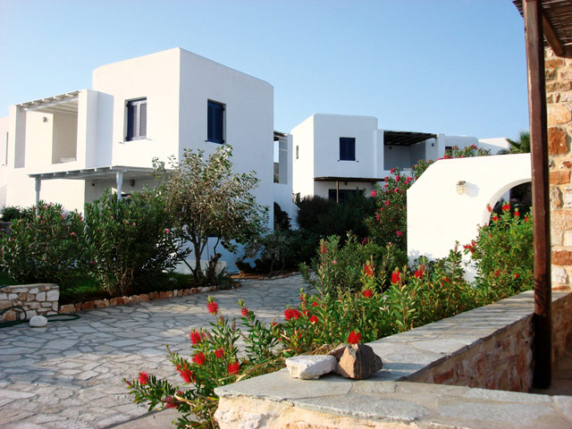 Minois Village Hotel Suites & Spa - Exterior view
