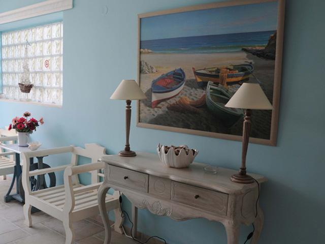 Agnadi Suites - Living room