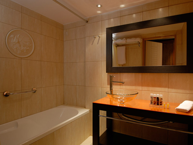 Enodia Hotel - Bathroom