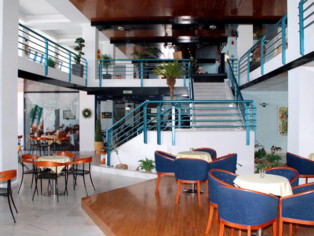 Kos Palace - Lounge Room