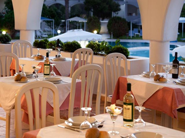 Niriides Beach - Restaurant