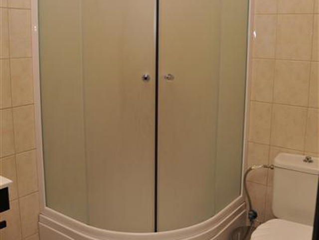 Luxury Suites - Junior Suite Bathroom