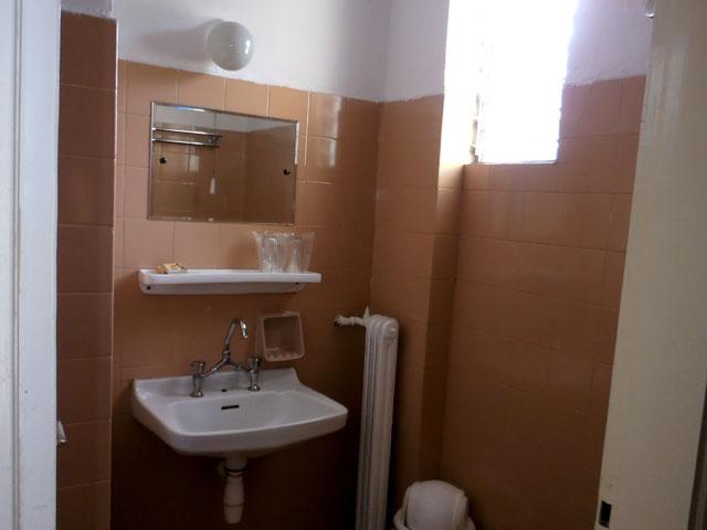 Appia Hotel - Bathroom