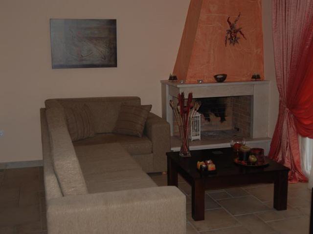 Pantheon Villas - Living room