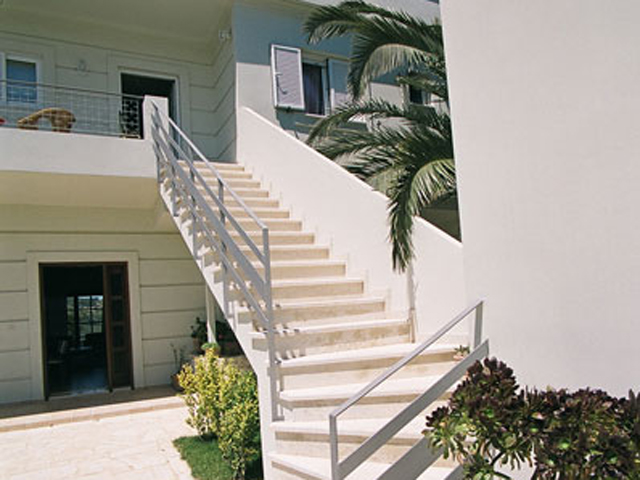 Rodanthi Luxurious Villas - Villa Anthi Exterior View