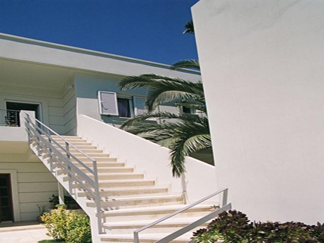Rodanthi Luxurious Villas - Villa Mirto Exterior View