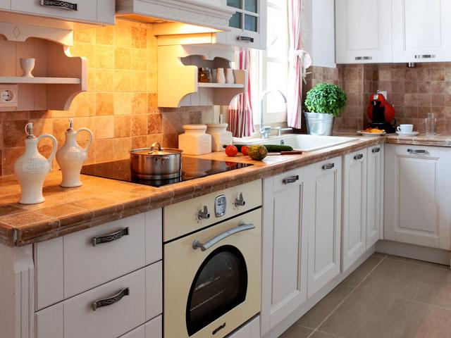 Michaela Residence - Kitchen