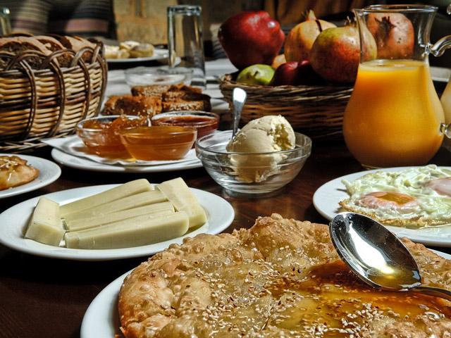 Eleonas Traditional Cottages - Breakfast