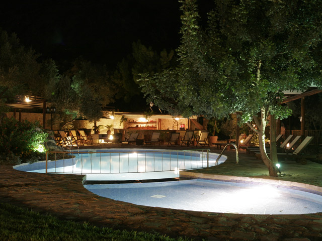 Eleonas Traditional Cottages - Swimming Pool