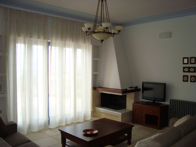 Thealia Hotel Apartments - Living Room