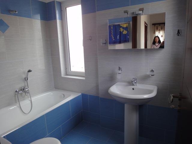 Almaia Villas - Bathroom