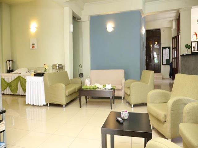 Francoise Hotel -