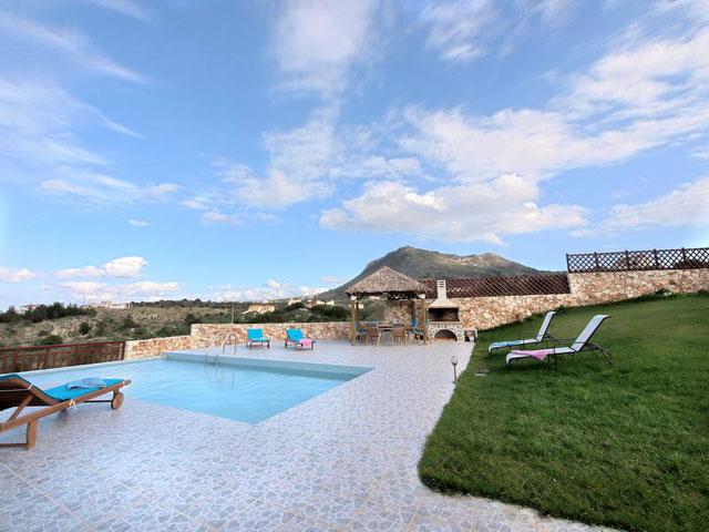 Katerina Vip Villa - Pool Area