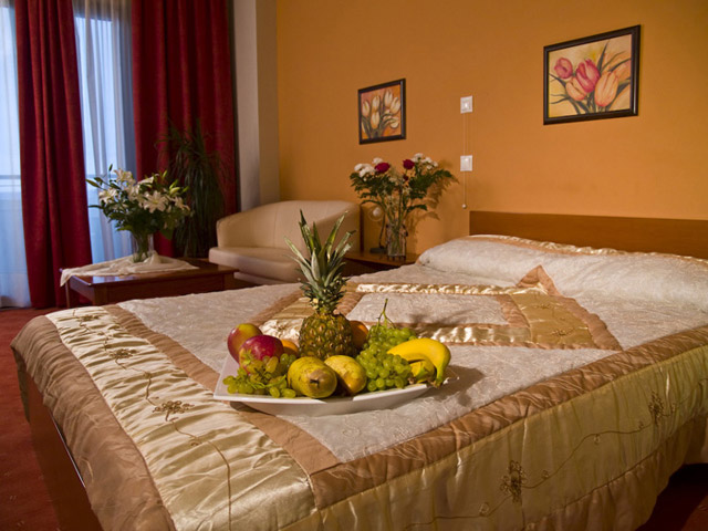 Achillio Hotel - Bedroom