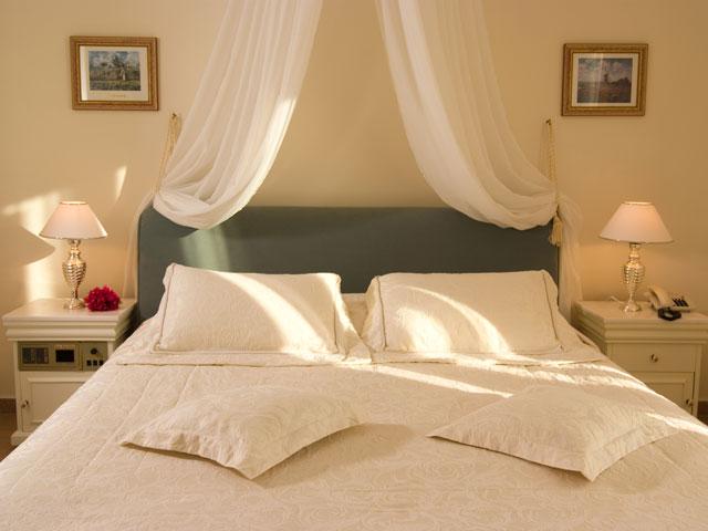 Porto Naxos Hotel - Bedroom