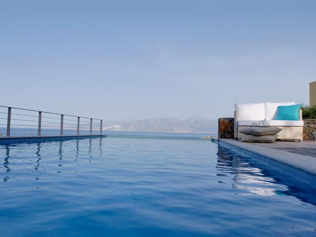 Pleiades Luxurious Villas - Swimming Pool