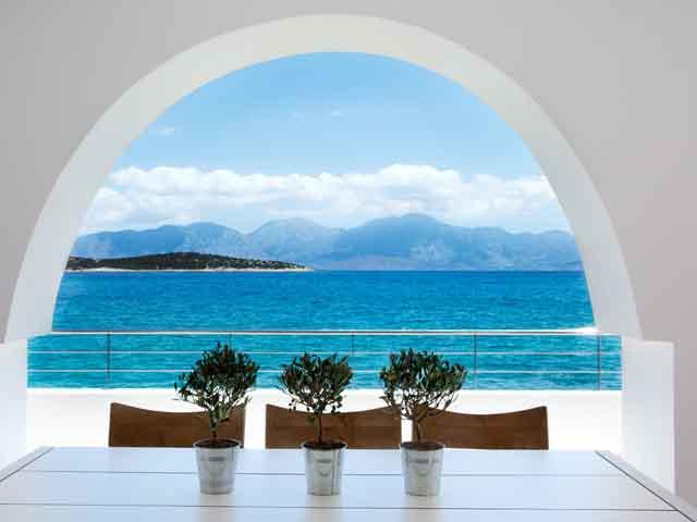 Minos Beach Art Hotel -