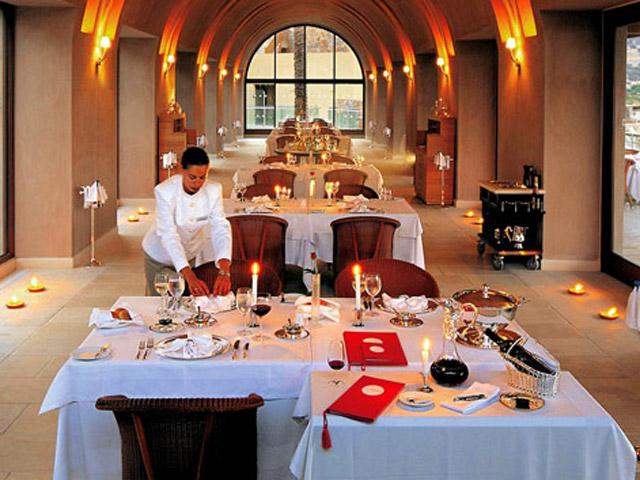 Blue Palace Resort & Spa - L'Orangerie Dining Area