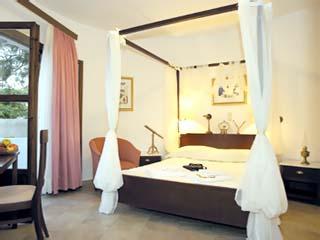 Mathios Village - Luxury Suite