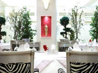 Theoxenia Palace Hotel - Zebra Lounge & Restaurant