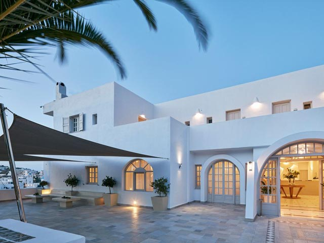 Santorini Palace -