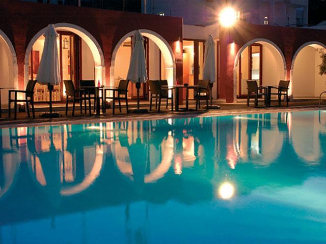Kallisti Thera Hotel - Swimming Pool Night view